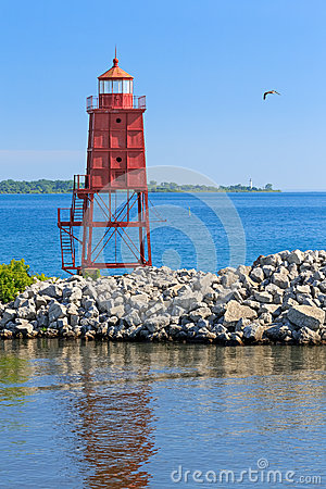 Free Racine North Breakwater Lighthouse Stock Photo - 43397000