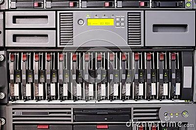 Rack mounted server