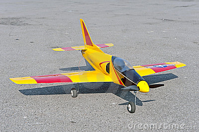 Radio control toy aircraft with electric motor