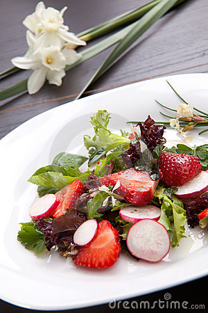 Radish Strawberry salad