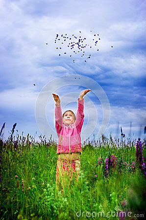 Ragazza di libertà e di gioia