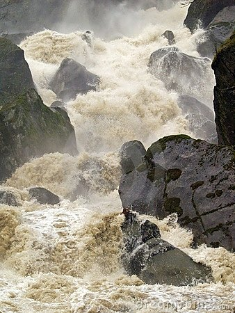 Free Raging Torrent Royalty Free Stock Images - 7250269