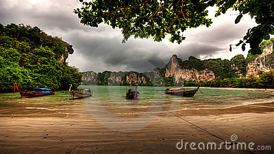 Railay Bay Longboats