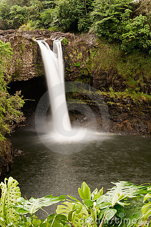 Rainbow Falls, Wailuku River near Hilo, Hawaii