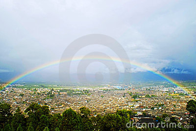 Rainbow over the Lijiang old town