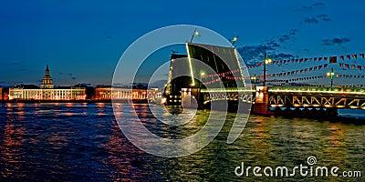 The raised Palace bridge