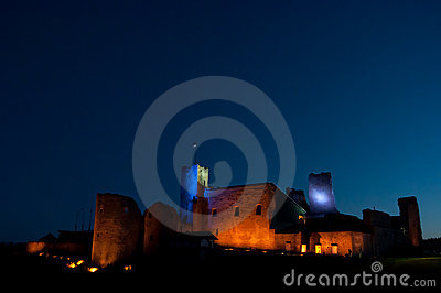 Rakvere stronghold at night