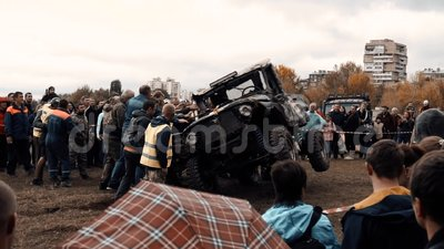 Rallye Jeeping Competition in der russischen Stadt Kislovodsk 09 28 2019 stock video