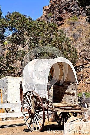 Ramshackle wagon