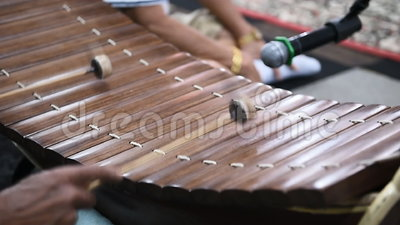 Ranat Ek, traditionelles thailändisches Musik-Instrument stock footage