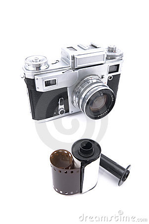 Rangefinder camera with 35mm film