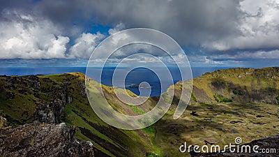 Ranukau vulkaankrater en de birdman tijdspanne van de eilandentijd stock videobeelden