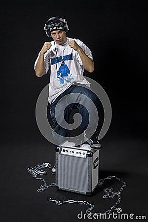 Rapper posture