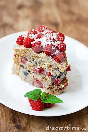 Free Raspberry Cake Royalty Free Stock Photo - 20593425