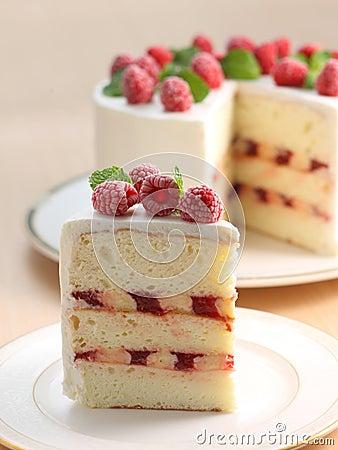 Free Raspberry Cake Royalty Free Stock Image - 43961486