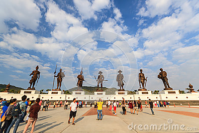 http://thumbs.dreamstime.com/x/ratchapak-park-statues-seven-former-thai-king-hua-hin-thailand-january-kings-were-loyalty-constructed-royal-64407303.jpg