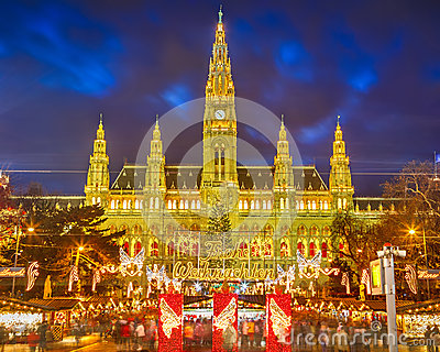 Rathaus and Christmas market in Vienna
