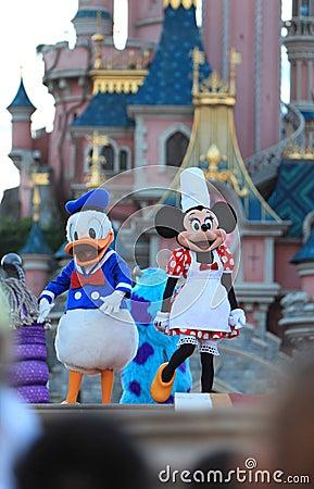 Ratón de Minnie y pato de Donald Foto editorial