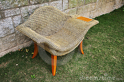 Rattan chair with side table