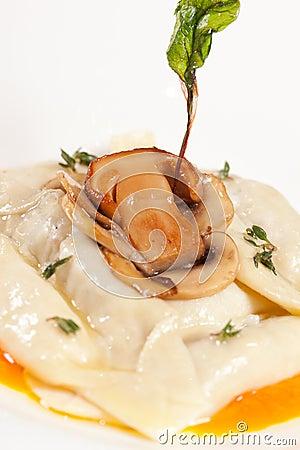 Ravioli with mushroom
