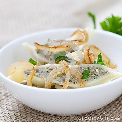 Ravioli with onions