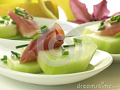 Raw melon with ham