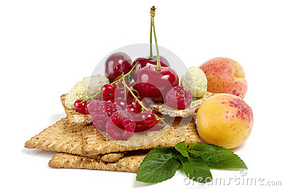 Raw mix berry