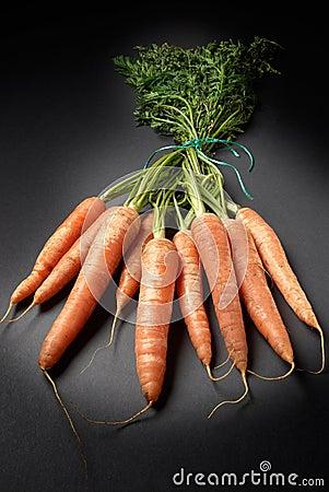 Raw organic carrots