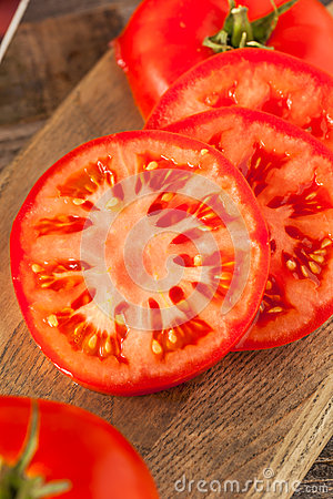Free Raw Organic Red Beefsteak Tomatoes Stock Image - 72674771