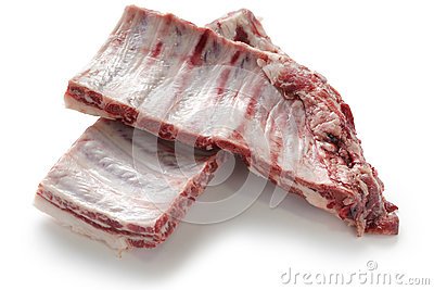 Raw spare ribs