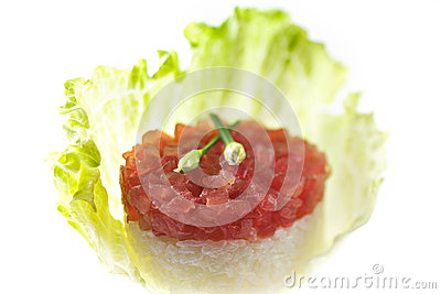 Raw tuna with sushi rice
