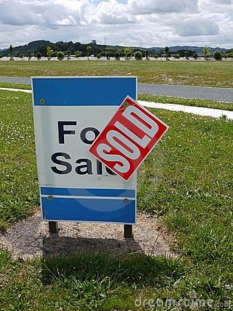 Real estate: land for sale - v