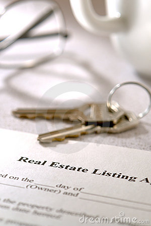 Real Estate Listing Contract and House Keys