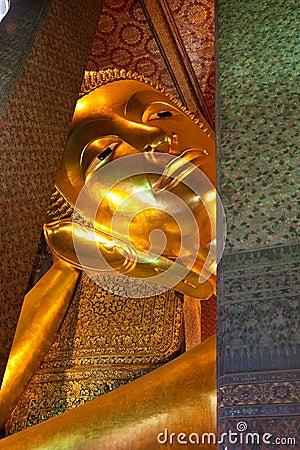 Recline Buddha