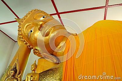 Recline buddha image