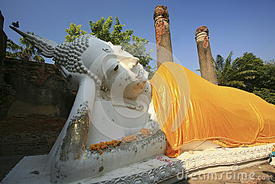 Reclining of buddha, Ancient temple Ayudhaya-Wat Yai Chai Mongkol at thailand