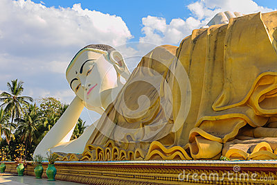 Reclining Buddha  ,  Bago in Myanmar (Burmar)