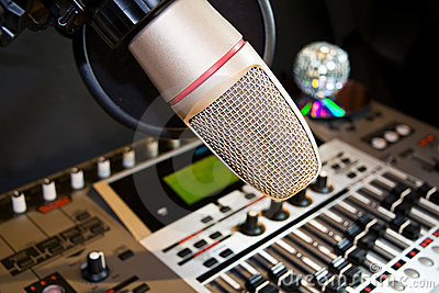 Recording studio with sound equalizer