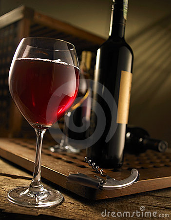 Free Red And White Wine Stock Photography - 5483322