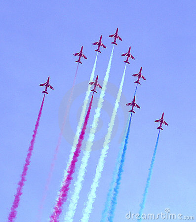 Free Red Arrows Air Show Royalty Free Stock Photography - 228917