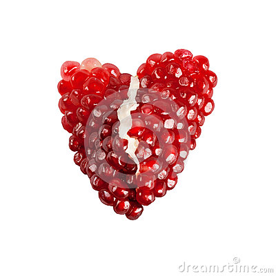 Free Red Broken Heart Of Pomegranate Seeds Stock Photography - 39166752