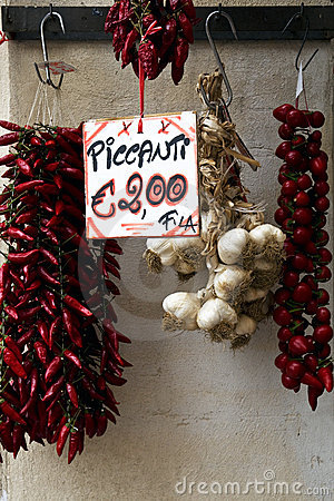 Free Red Chili Peppers And Garlic For Sale Stock Photography - 7356732