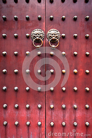 Free Red Chinese Door Royalty Free Stock Photos - 45804478