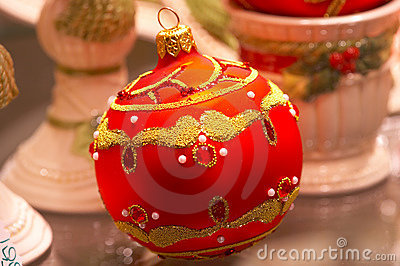 Red Christmas ball with ornaments - Christbaumschmuck