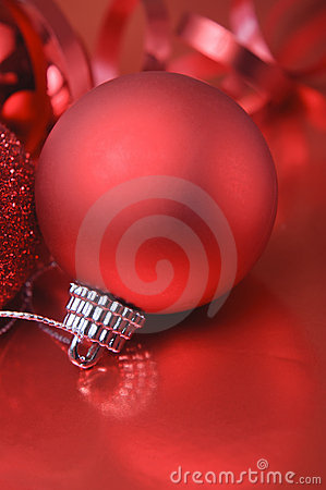 Red Christmas Bauble and Ribbon Macro