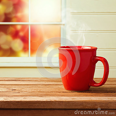Free Red Cup Over Window Royalty Free Stock Images - 46267839