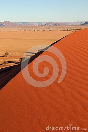 Free Red Dune Near The Entrance Of Sossusvlei And Deadvlei In Naukluft Park In De Namib Desert In Namibia Stock Photo - 109034170
