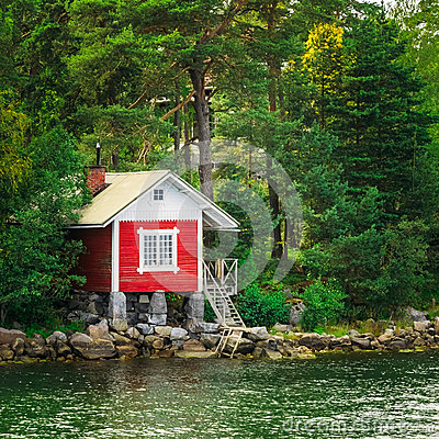 Free Red Finnish Wooden Bath Sauna Log Cabin On Island In Summer Royalty Free Stock Images - 47997329