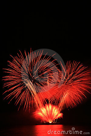 Free Red Fireworks Royalty Free Stock Photography - 5162067
