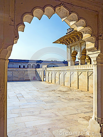 Free Red Fort In Agra, India, World Heritage Royalty Free Stock Photo - 27983135